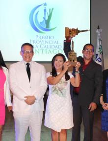 galardonan 38 instituciones en santiago